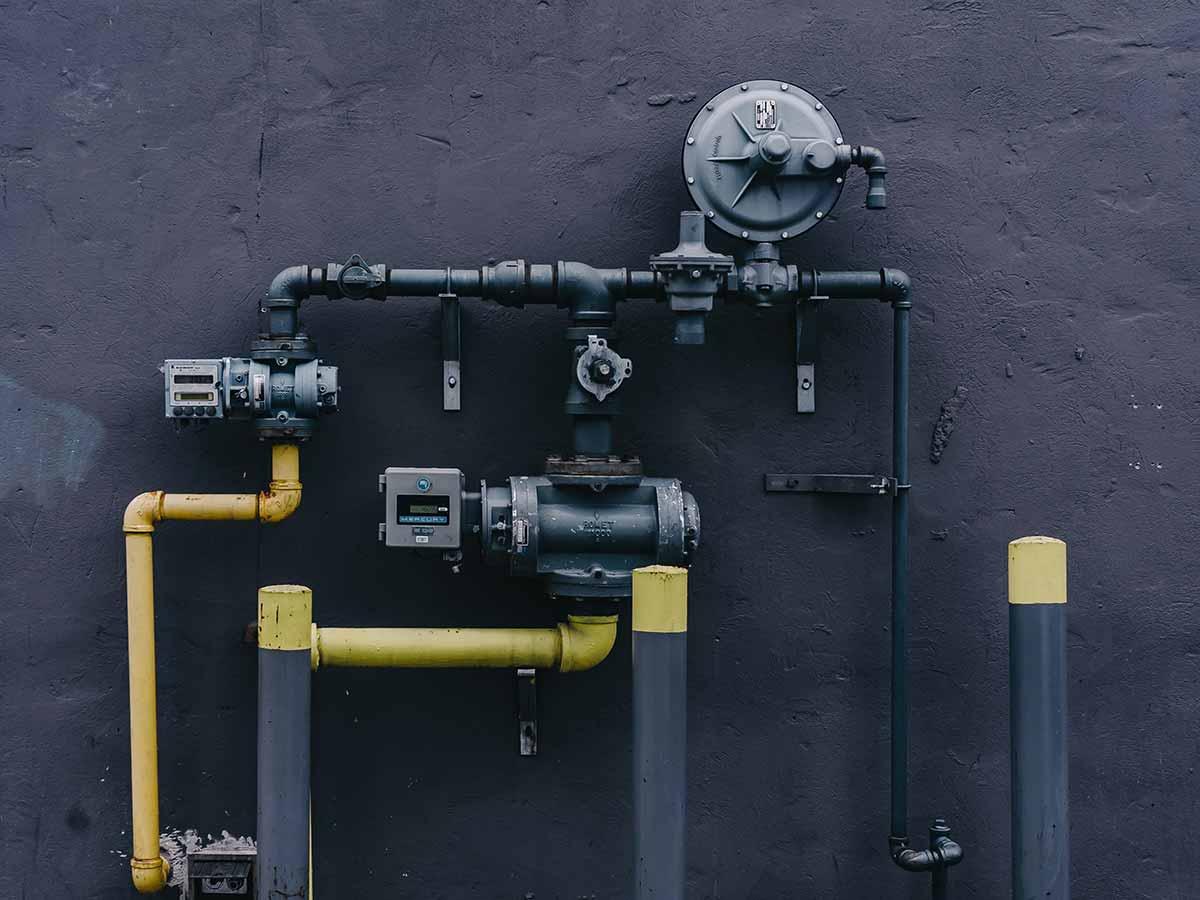 black-yellow-service.jpg