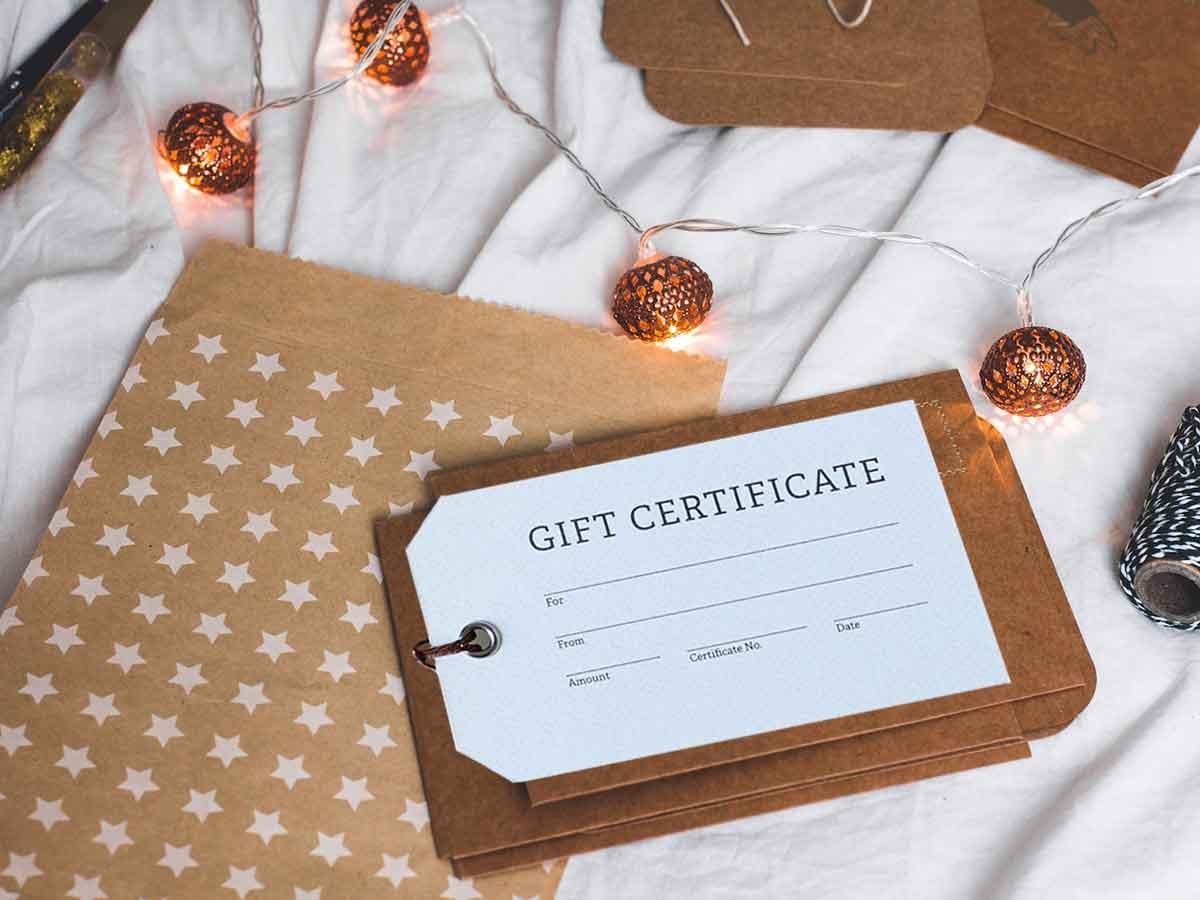 gift-card-paper-lights-social